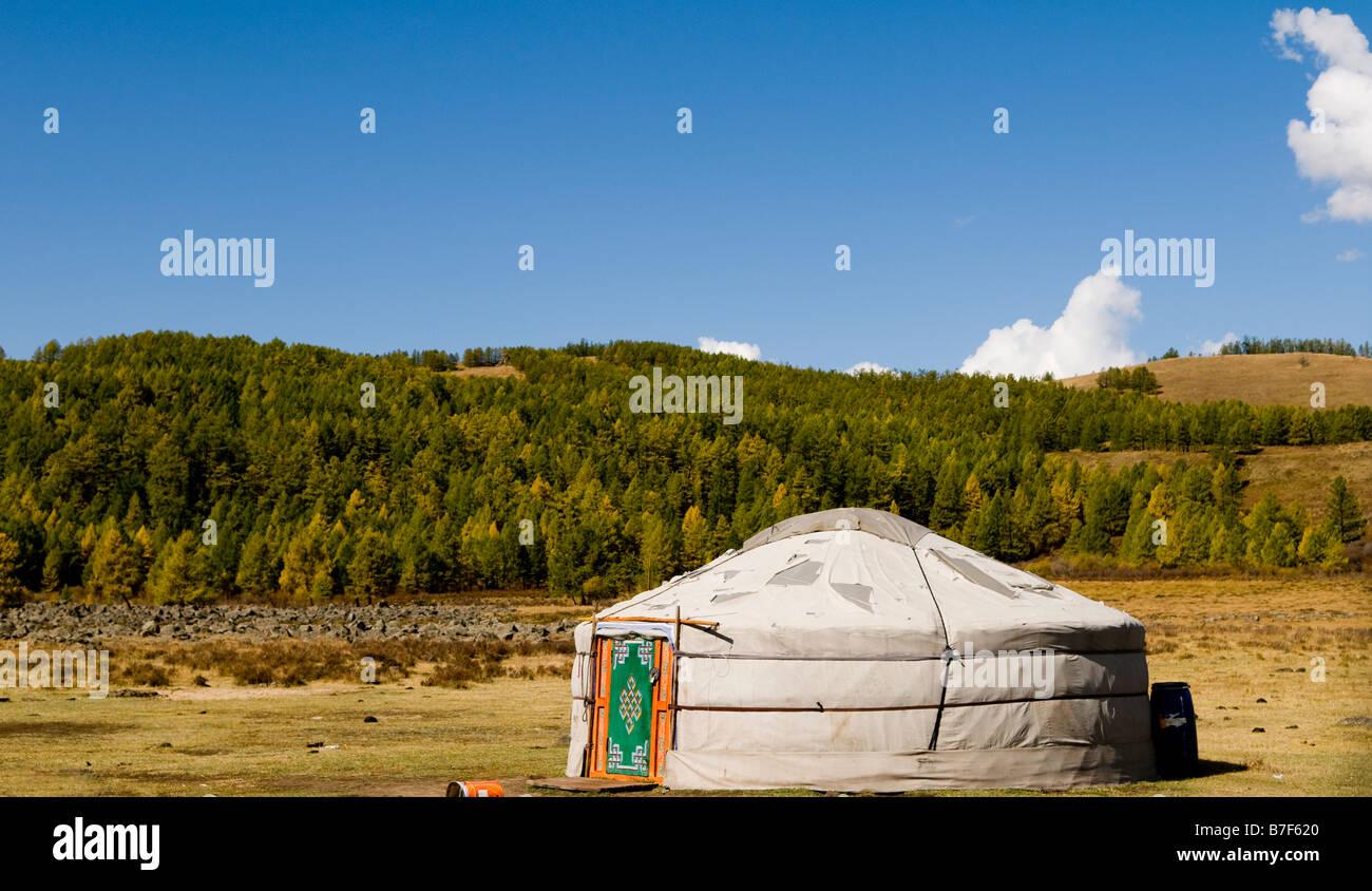 Einer traditionellen Jurte / Ger in der Mongolei. Stockbild