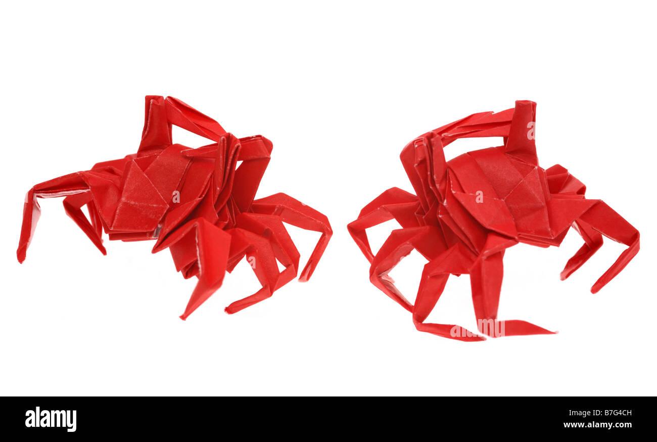 Nahaufnahme von roten Origami Krabben Stockbild