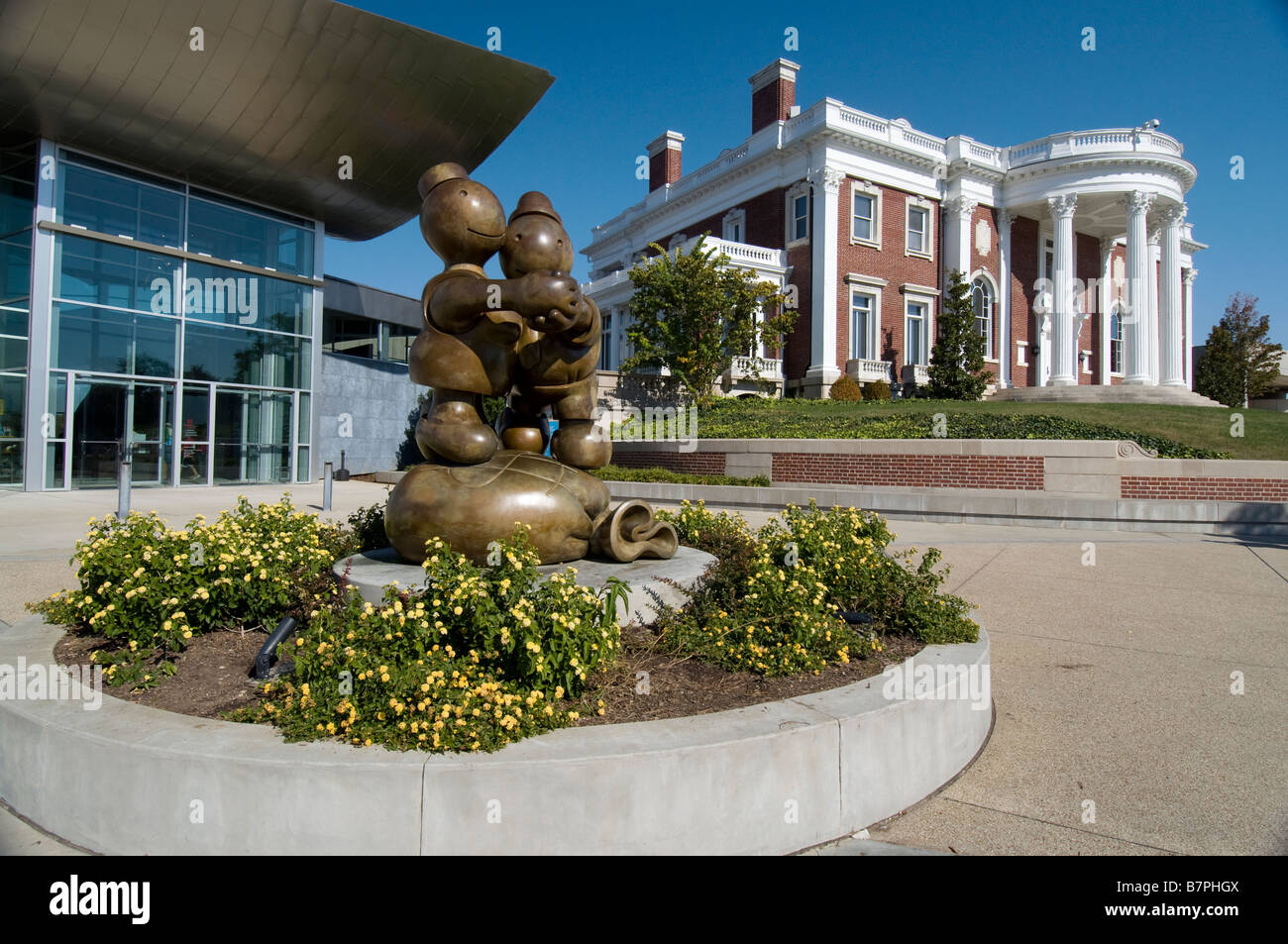 "Skulptur mit dem Titel ""Free Money"" vor der Hunter Museum of American Art Chattanooga Tennessee Stockbild"