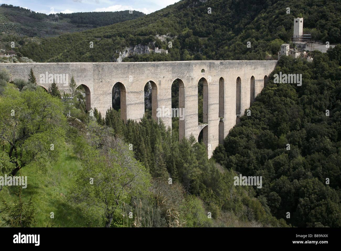 Ponte Delle Torri, Spoleto, Umbria, Italien Stockbild