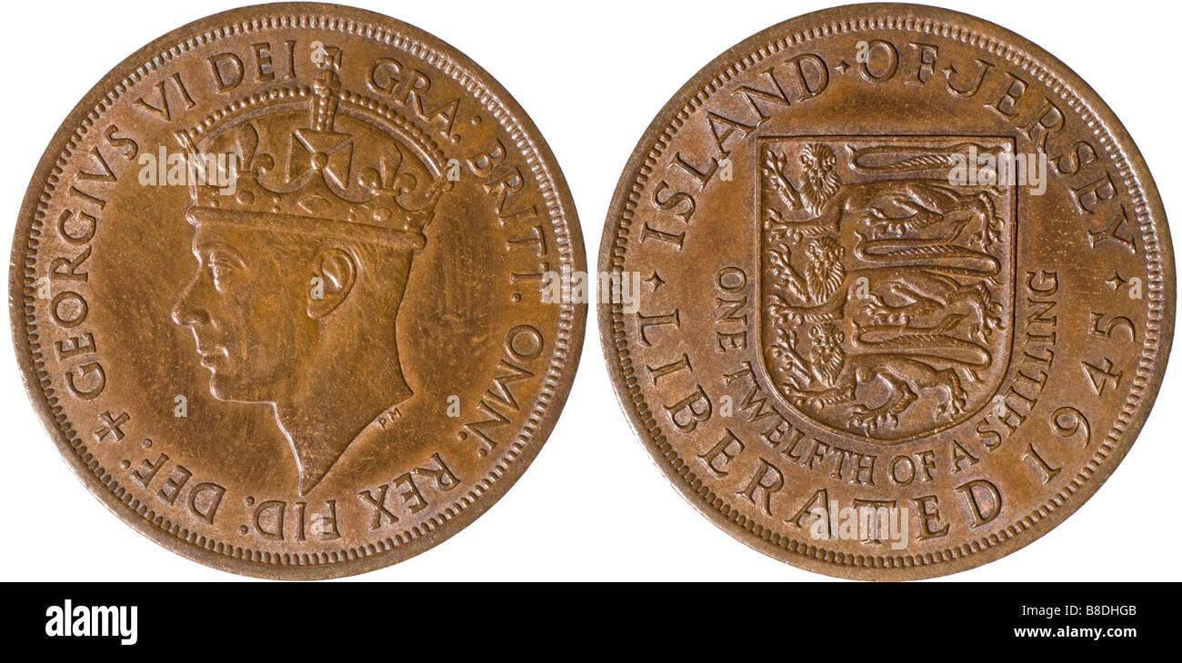 """George VI Münze von 1945. Insel Jersey. Ein Zwölftel der einen Schilling. """"Befreiten 1945"""" Stockbild"""