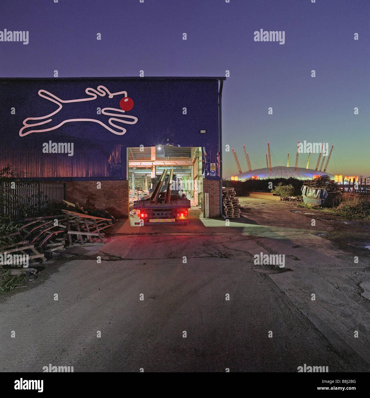 Der Millennium Dome/O2 Arena in London zeigen Sie aus dem Industriepark an, dass Surroundfs die Greenwich-Website. Stockbild