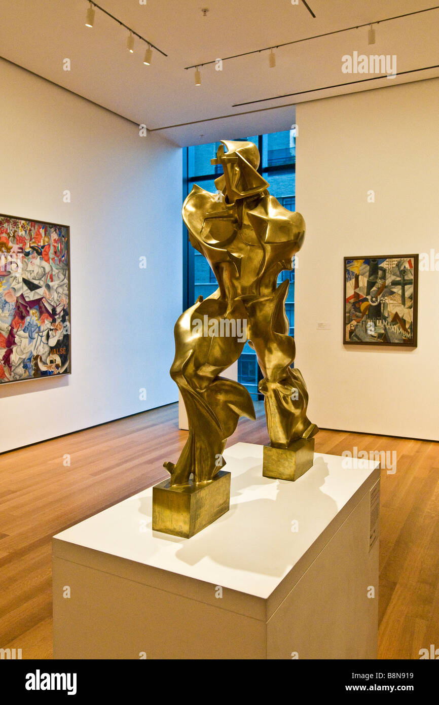 """Eine Skulptur von Umberto Boccioni, einzigartige Formen der Kontinuität Raum mit dem Titel """", Museum für Stockbild"""