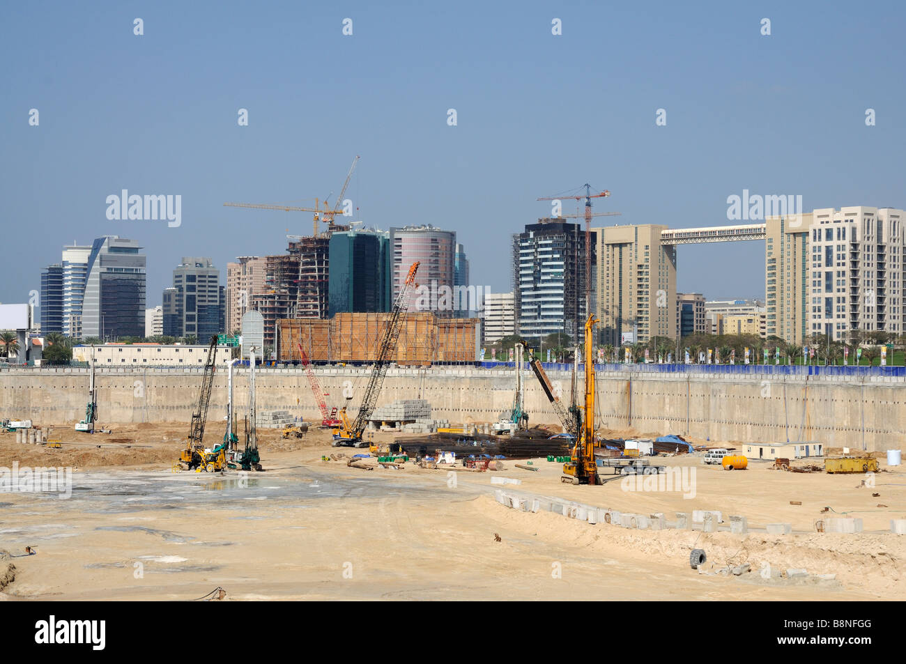 Baustelle in Dubai, Vereinigte Arabische Emirate Stockbild