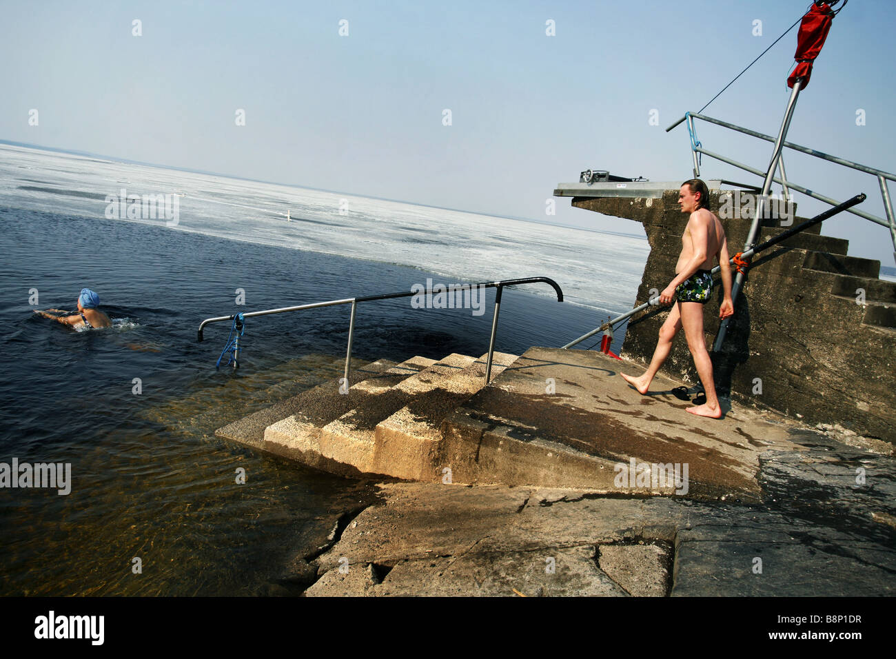 finland winter sauna stockfotos finland winter sauna bilder alamy. Black Bedroom Furniture Sets. Home Design Ideas