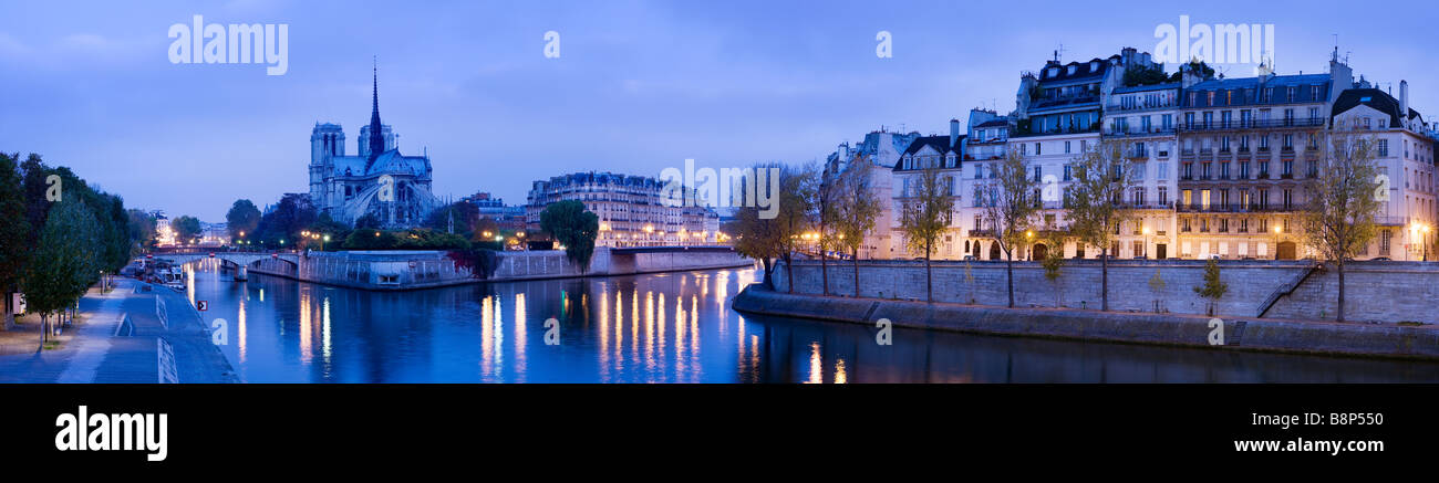 Notre Dame angesehen, über den Fluss Seine Paris-Frankreich Stockbild