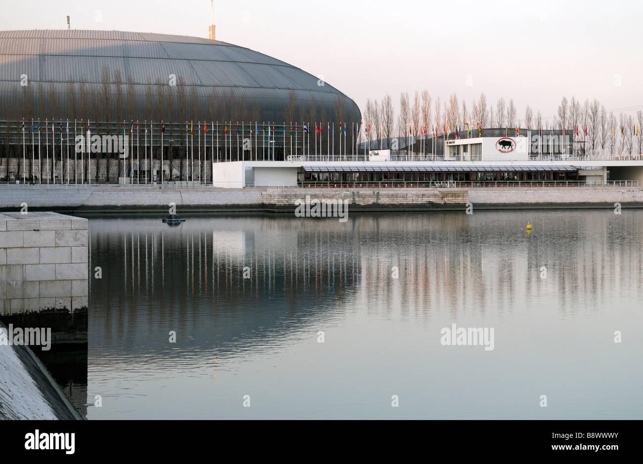 Pavilhao Atlantico atlantic Pavillon modernen kuppelförmige Gebäude im Park der Nationen Lissabon Portugal Stockbild