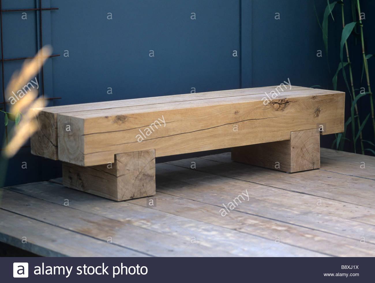 Moderne Eiche Holz Minimalistische Garten Sitzbank. Längen Von Gekleidet  Eiche Mit Block Füßen. RHS Hampton Court Flower Show