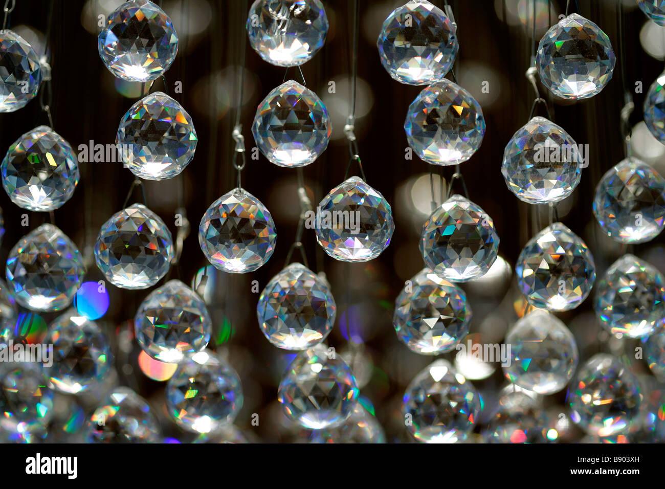 Kronleuchter Glaskugeln ~ Orion kronleuchter milchglas glaskugeln leuchter messing alt wien