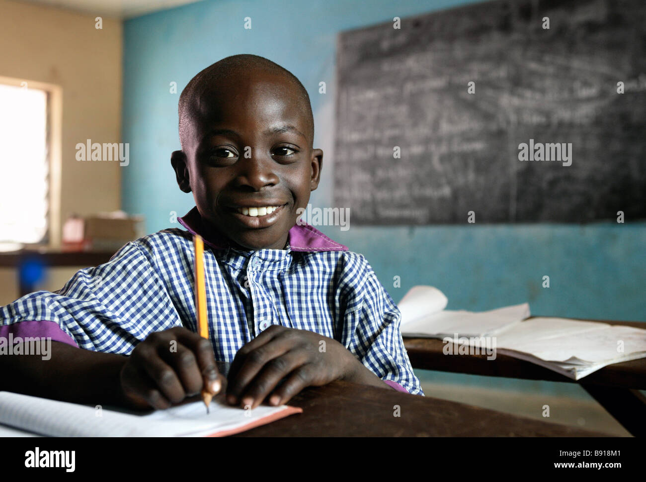 Nigeria: junge in einer weiterführenden Schule in Shuwa Stockbild