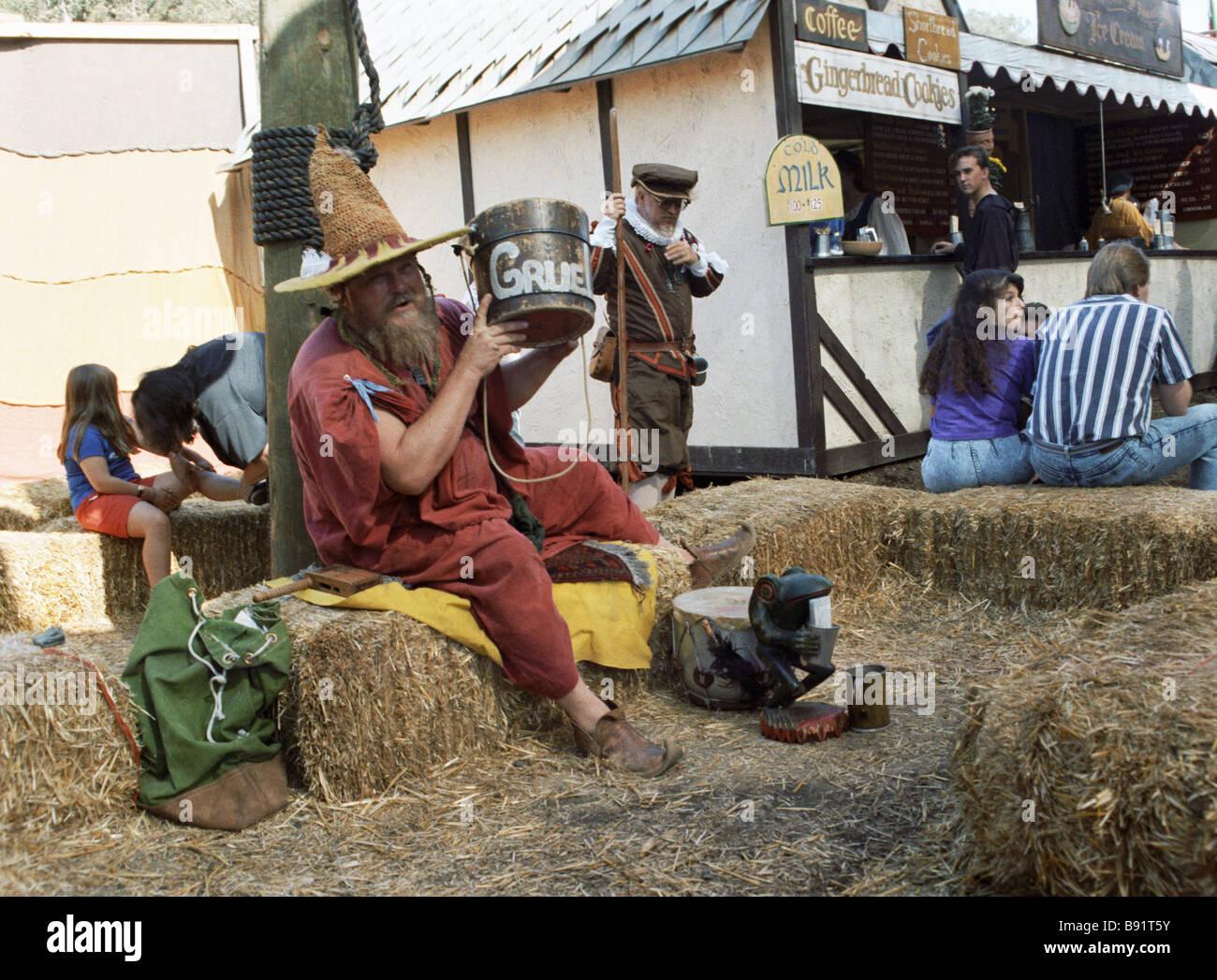 Skomorokh und Zauberer im Renaissance Genuss Fair San Francisco Stockbild