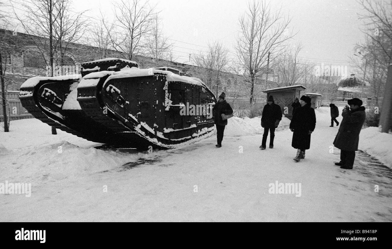 Erfassten britischer Panzer erhalten geblieben ist aus der Zeit des Bürgerkrieges Archangelsk Stockbild