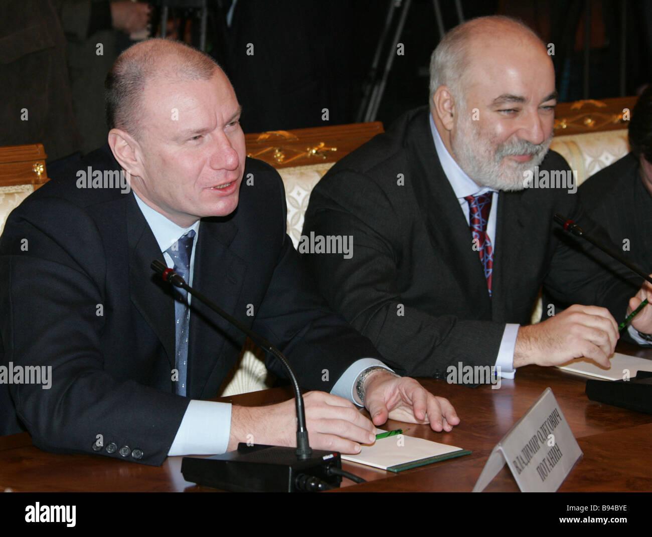 Russland s traf Präsident Vladimir Putin mit russischen Wirtschaftsmagnaten in der Kreml Vladimir Potanin Interros Stockbild