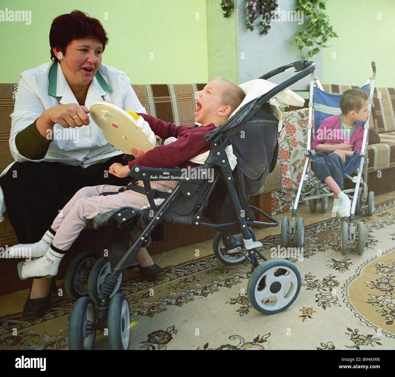 Ein minsk pflegeheim für geistig behinderte kinder in