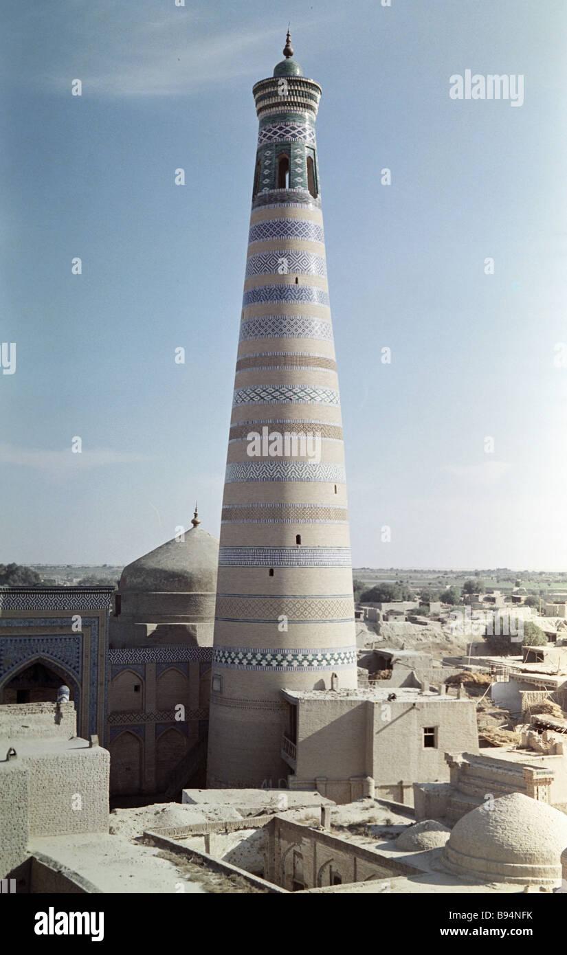 Der Islam Huja Minarett in Chiwa Usbekistan Stockbild