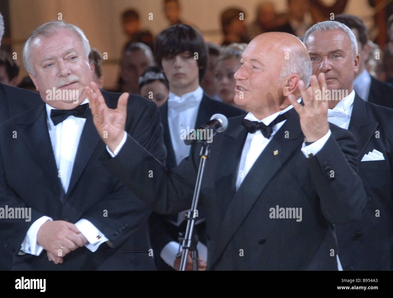 Moskauer Bürgermeister Yuri Luzhkov rechts und Wiener Bürgermeister Michael Häupl Eröffnung der 5. Wiener Ball in Stockfoto