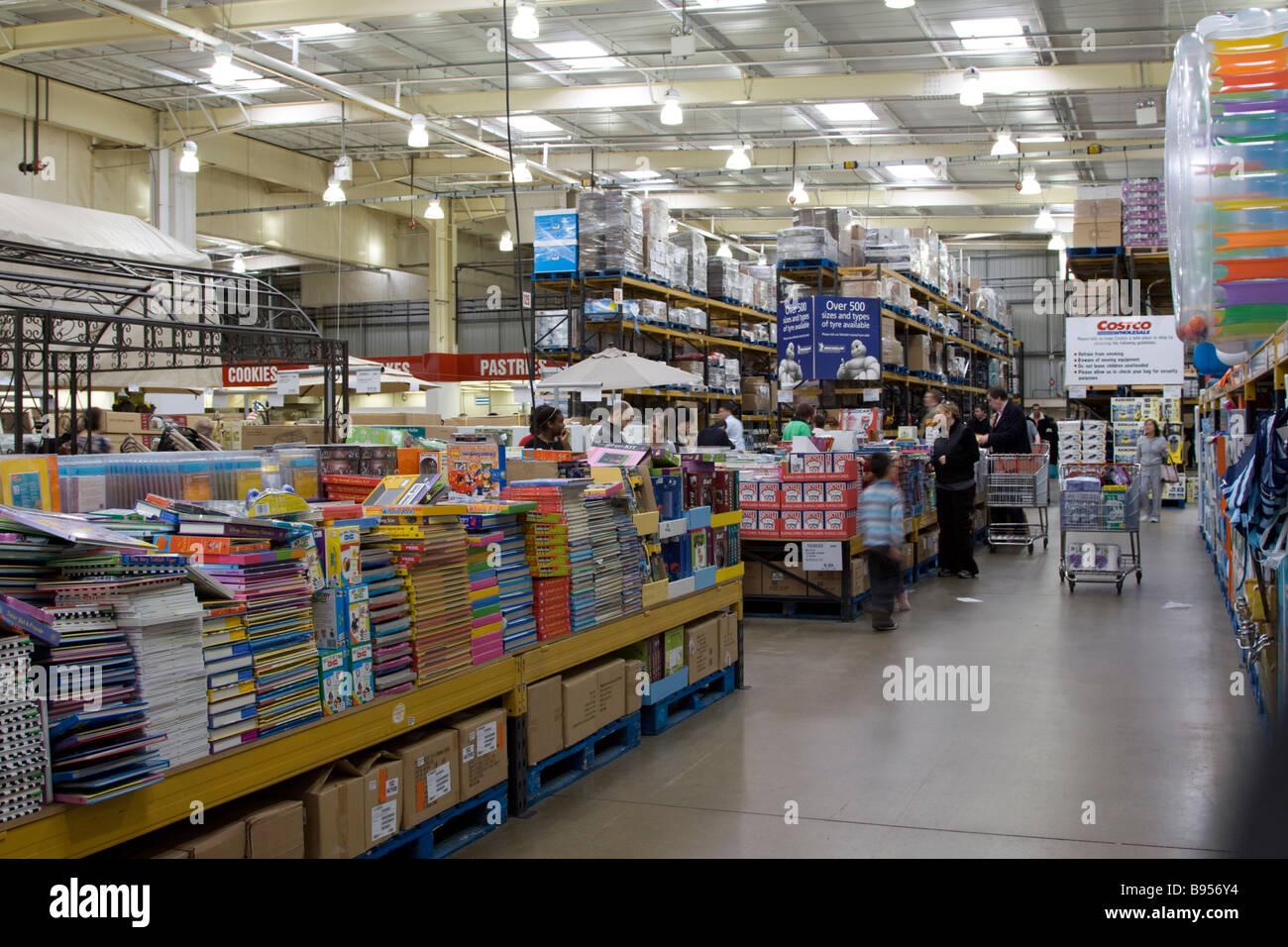 Costco Warehouse Stockfotos & Costco Warehouse Bilder - Alamy