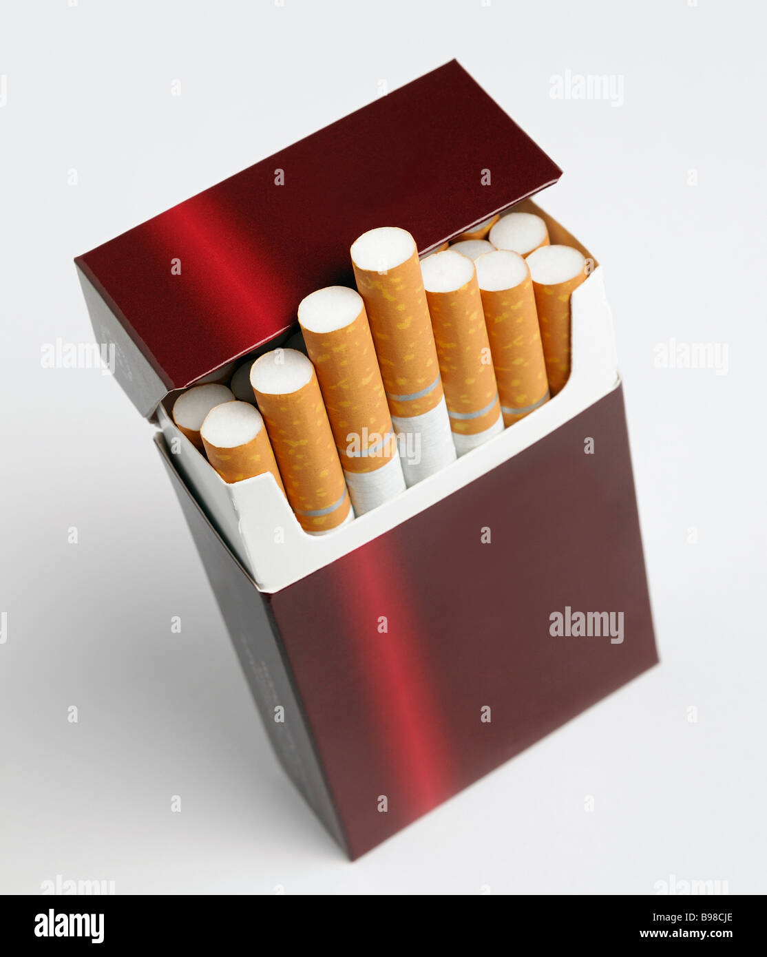 cigarette stockfotos cigarette bilder alamy. Black Bedroom Furniture Sets. Home Design Ideas