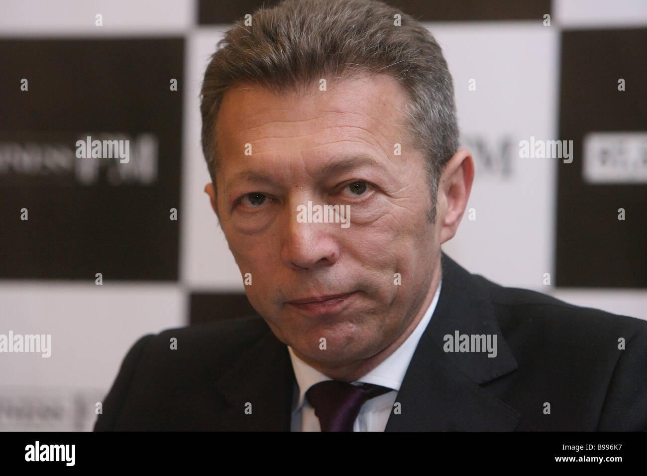 Arkady Gaidamak Chief Executive Officer von Medien-Holding-Gesellschaft besucht die Pressekonferenz zur Gründung Stockbild