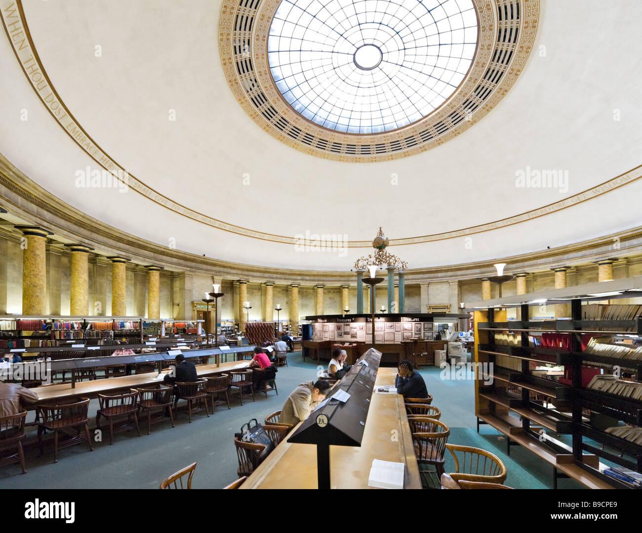 Die wichtigsten Lesesaal der Zentralbibliothek, St.-Peter Platzes, Manchester, England Stockbild