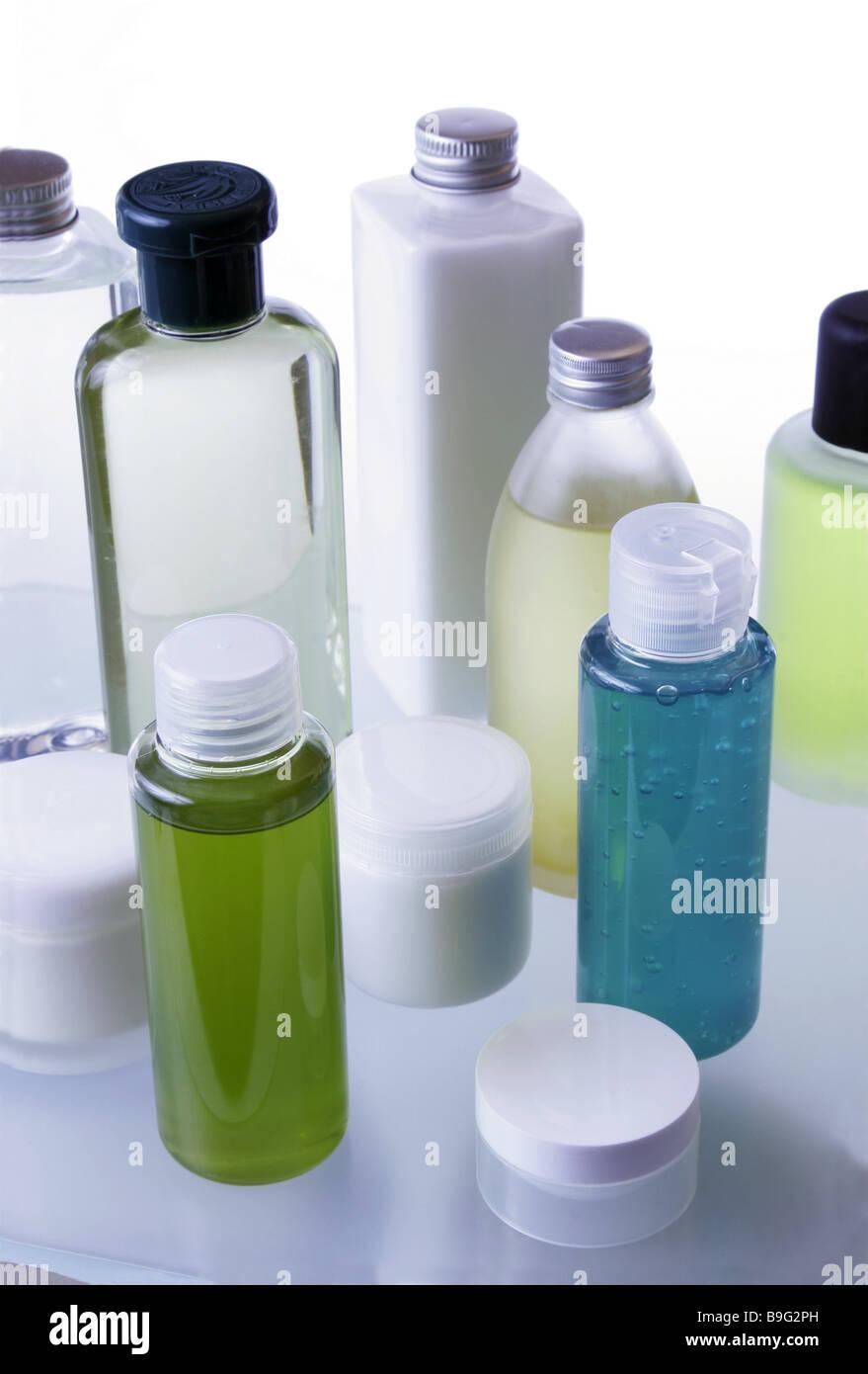 Badezimmer Lagerung Platz Kosmetik-Artikel verschiedene Serien Bad ...