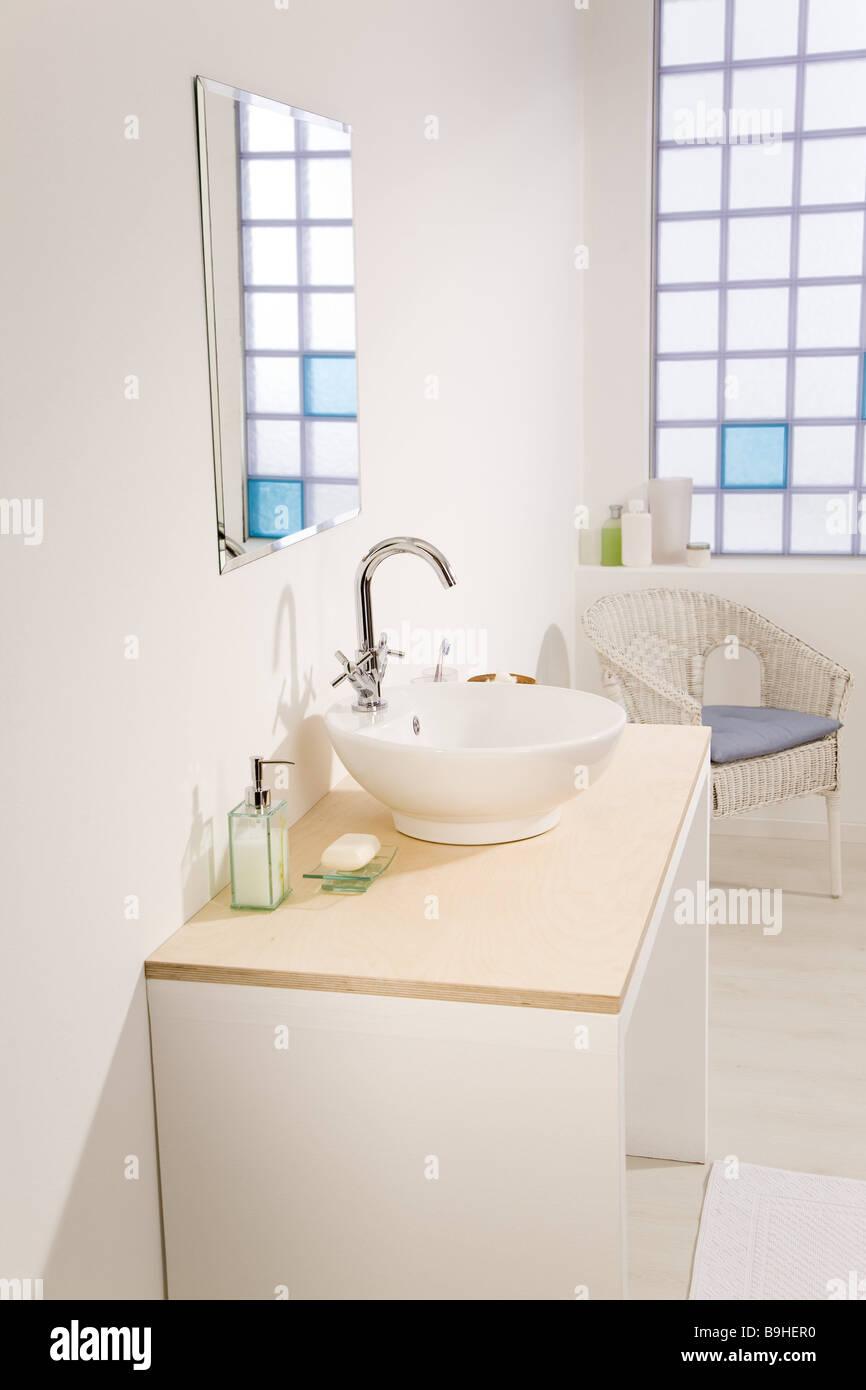 Badezimmer Waschtisch Spiegel Bad Hell Drinnen Badezimmerspiegel