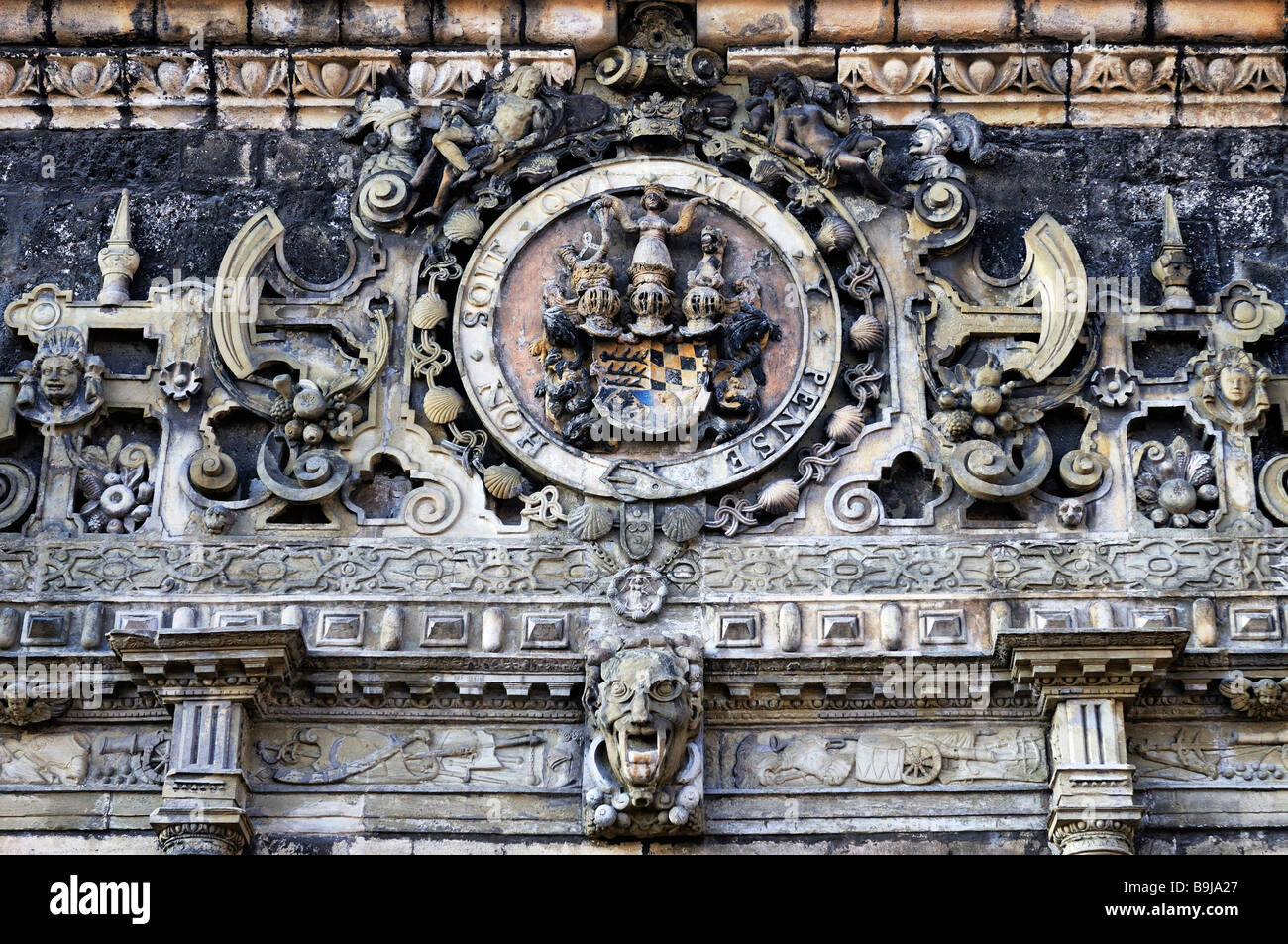 Detailansicht des Gateways an Hohentuebingen Schloss, Tübingen, Baden-Württemberg, Deutschland, Europa Stockbild