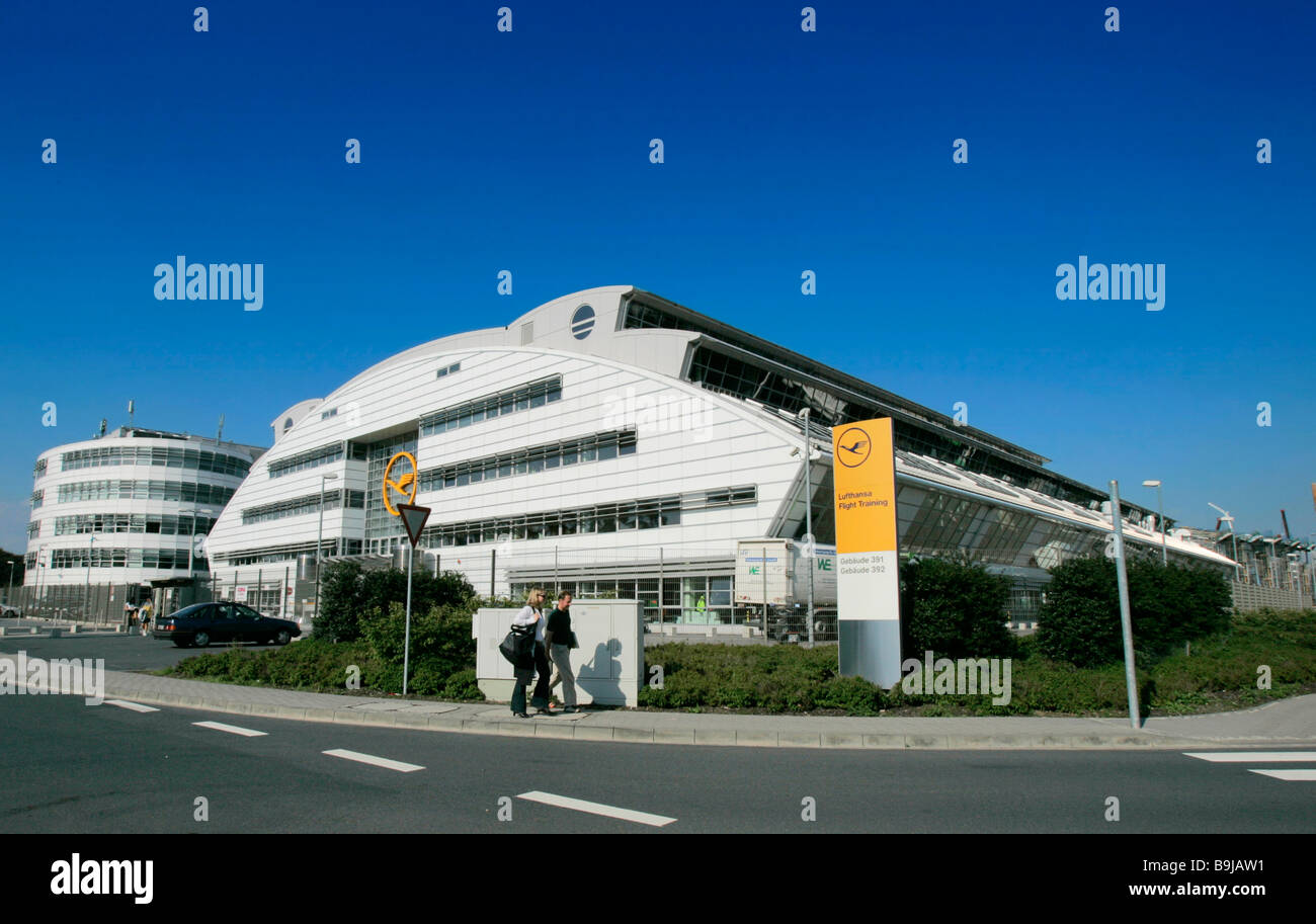Frankfurt school stockfotos frankfurt school bilder alamy for Modeschule frankfurt