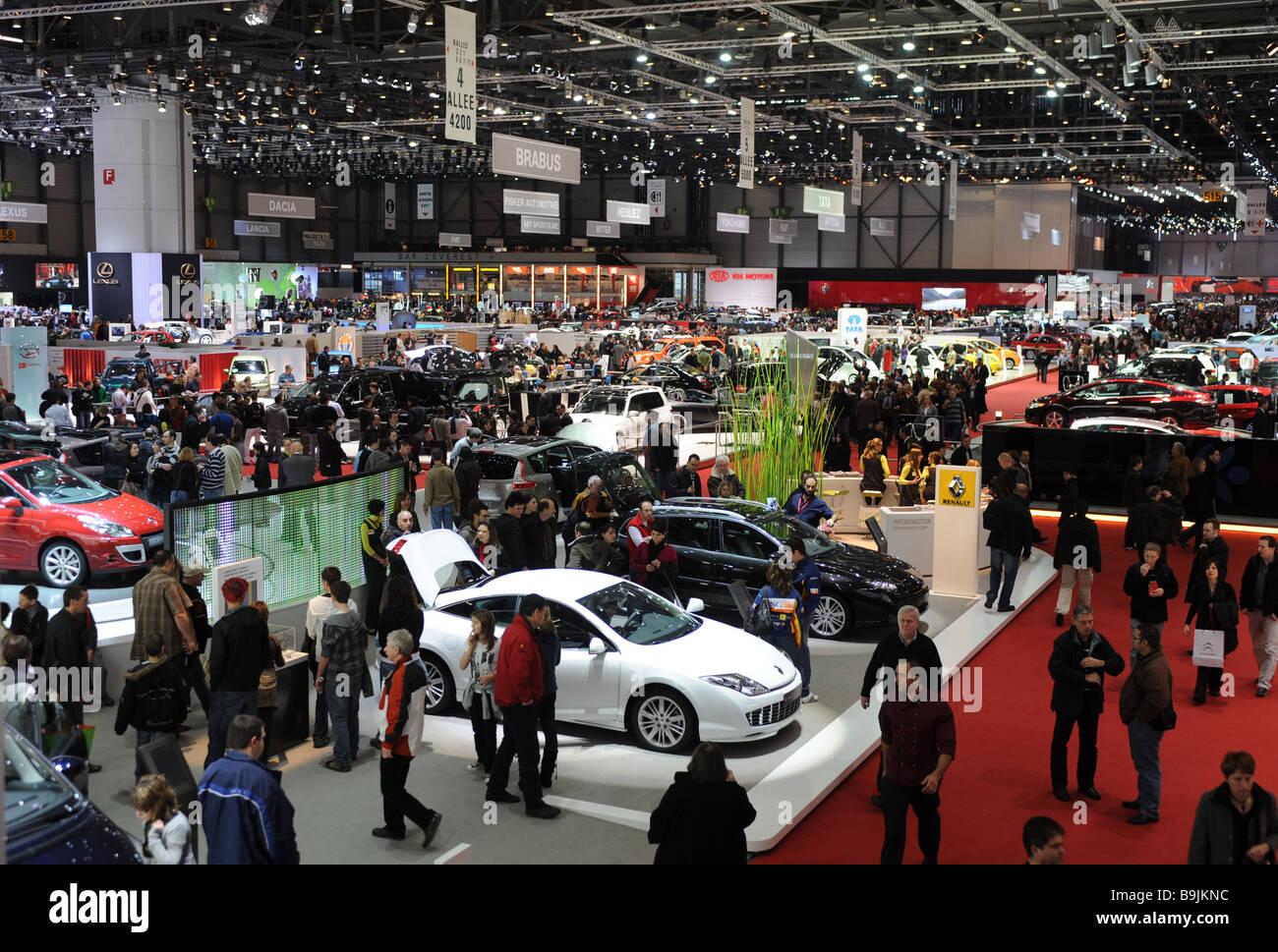 Totale der Besucher auf dem Genfer Autosalon 2009 Stockbild