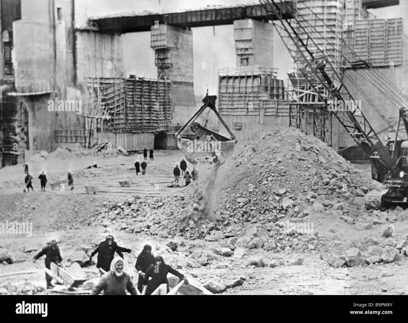 Rekonstruktion der Dneproges von den Nazis zerstört Stockbild
