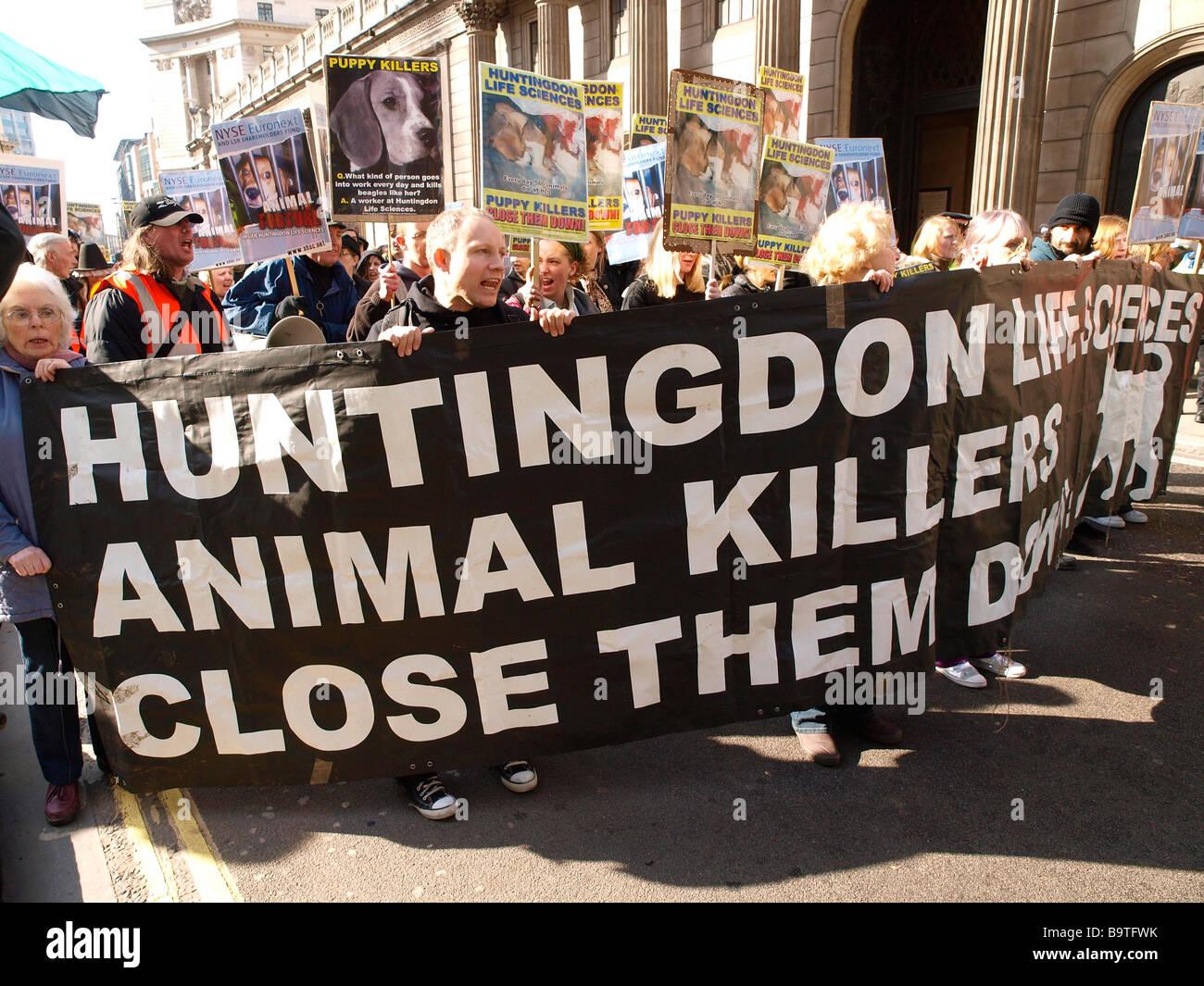 SHAC-Demonstration in feierte Kampagne Stop Huntingdon Animal Cruelty (SHAC) inszenierte einen Marsch zum protest Stockbild