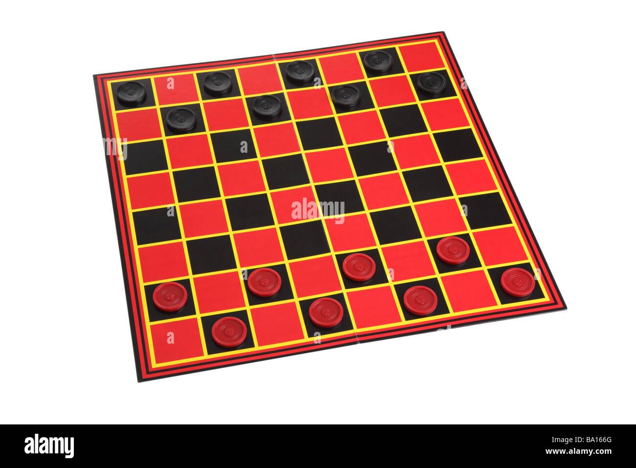 Checkers Spiel Board Ausschnitt auf weißem Hintergrund Stockfoto
