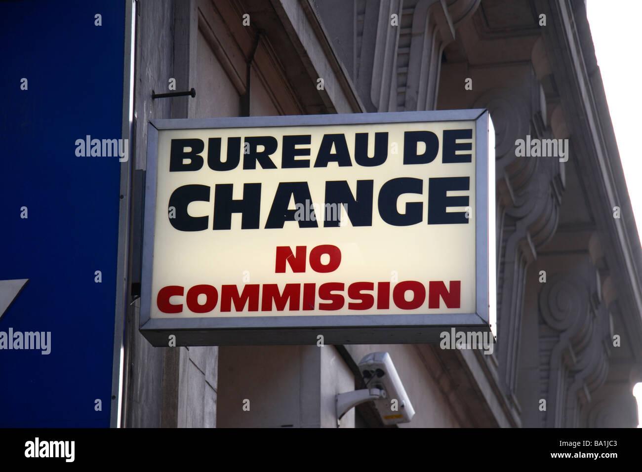 Bureau de change office betrieben von travelex am flughafen