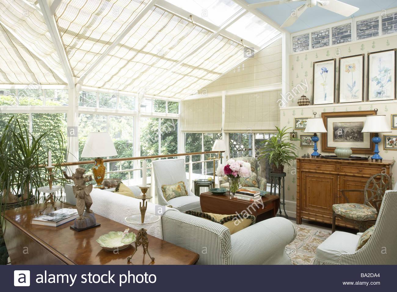 Möbel Für Wintergärten wintergarten sitze holz möbel wohnfläche wohnzimmer sitzecke kissen