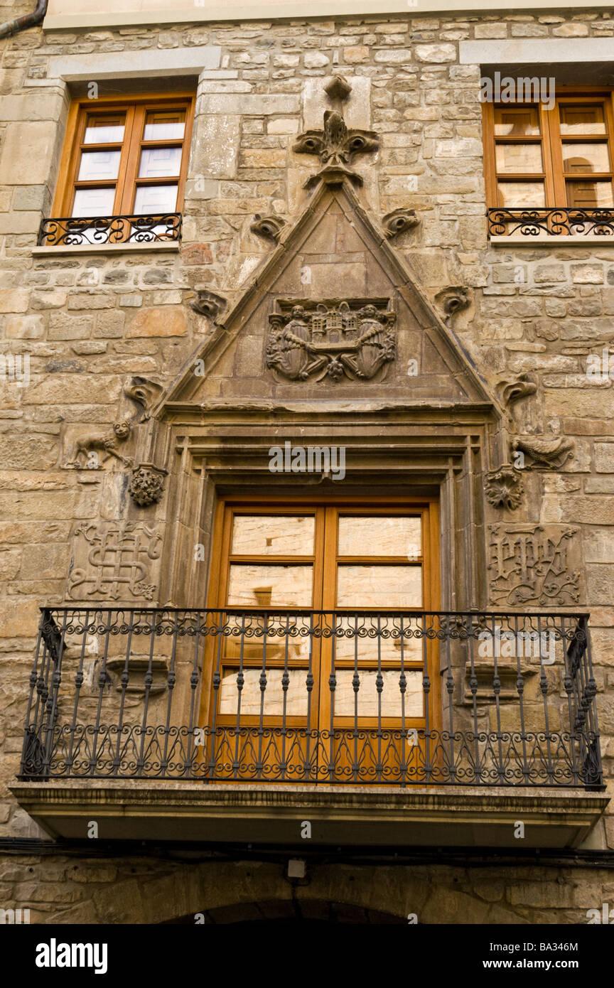 Gotischen Stil Dekoration der Balkon eines Hauses in Jaca, Aragon ...