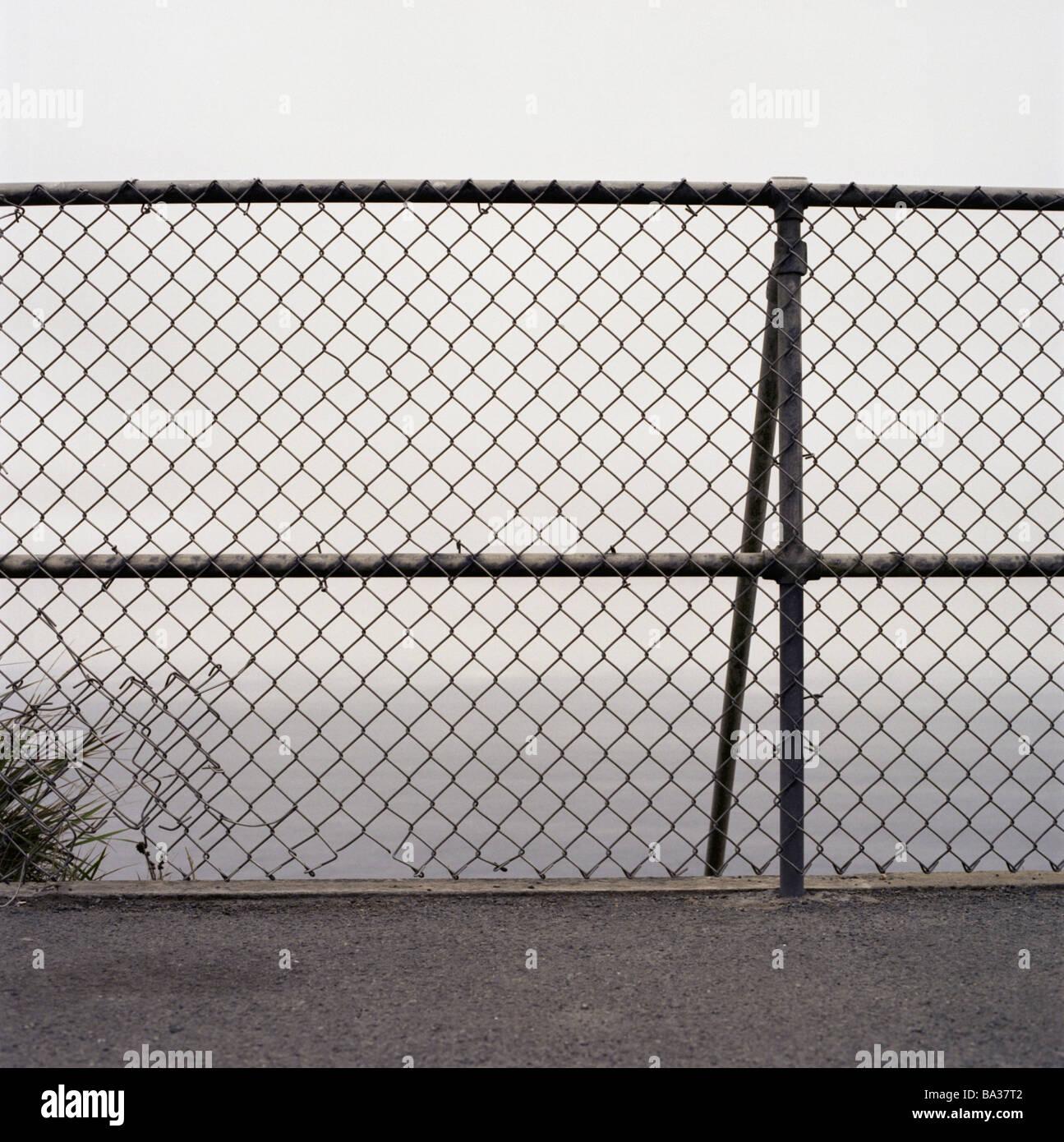 Stitch Wire Fence Stockfotos & Stitch Wire Fence Bilder - Alamy