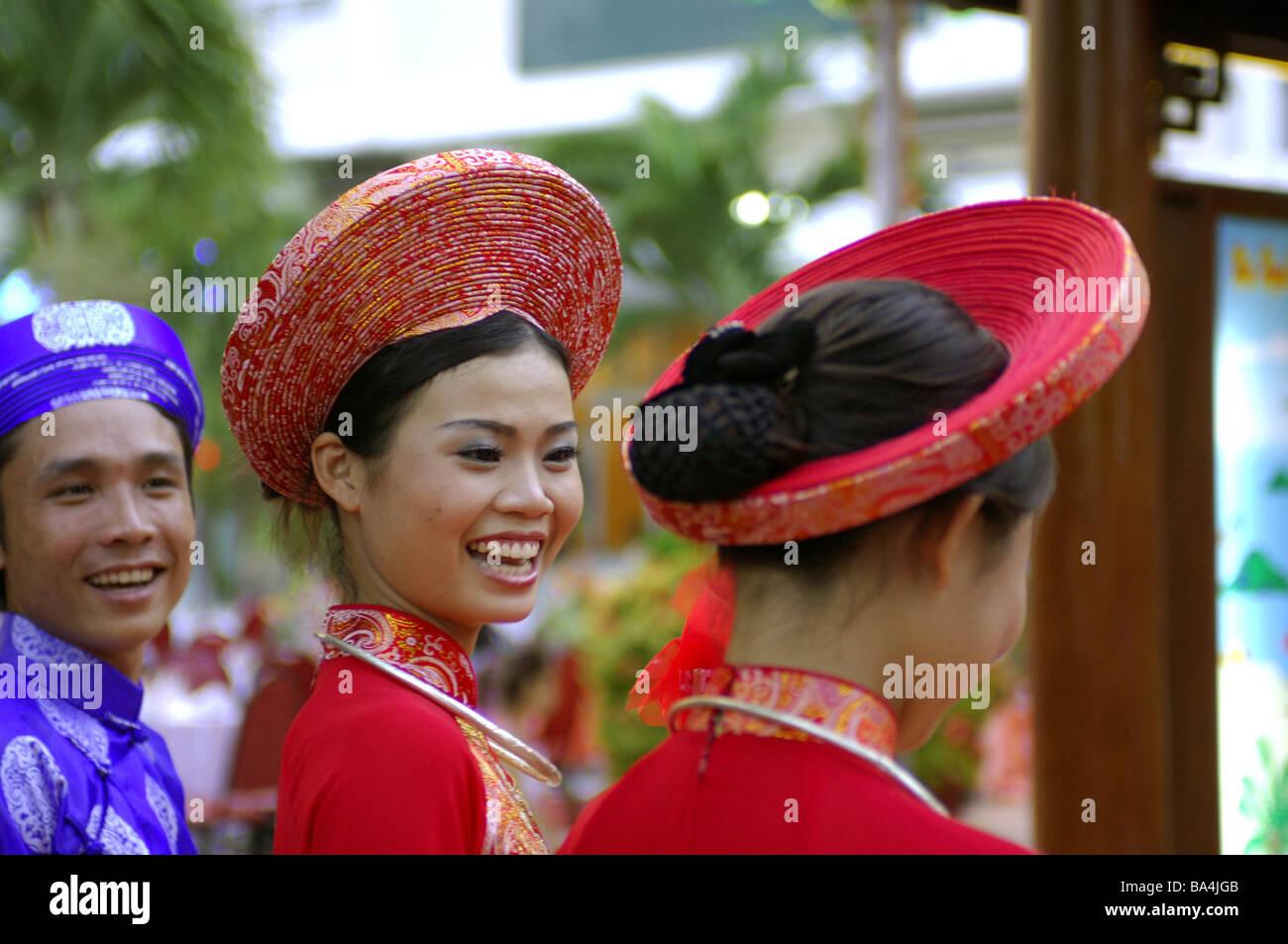 Kleidung frauen vietnam