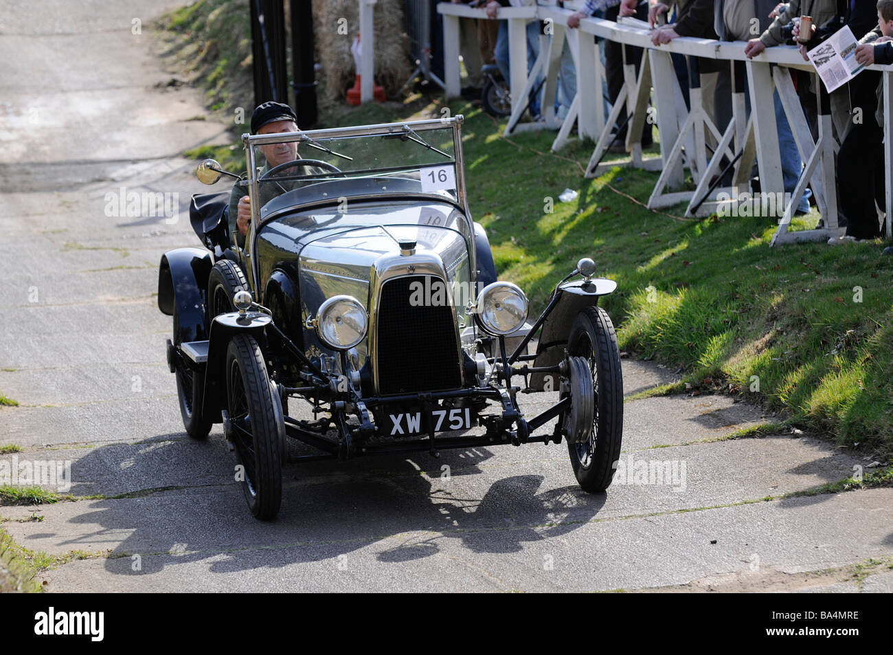 Brooklands Test Hill Centenary Event 22 03 2009 ASton Martin Sport 1924 Stockbild