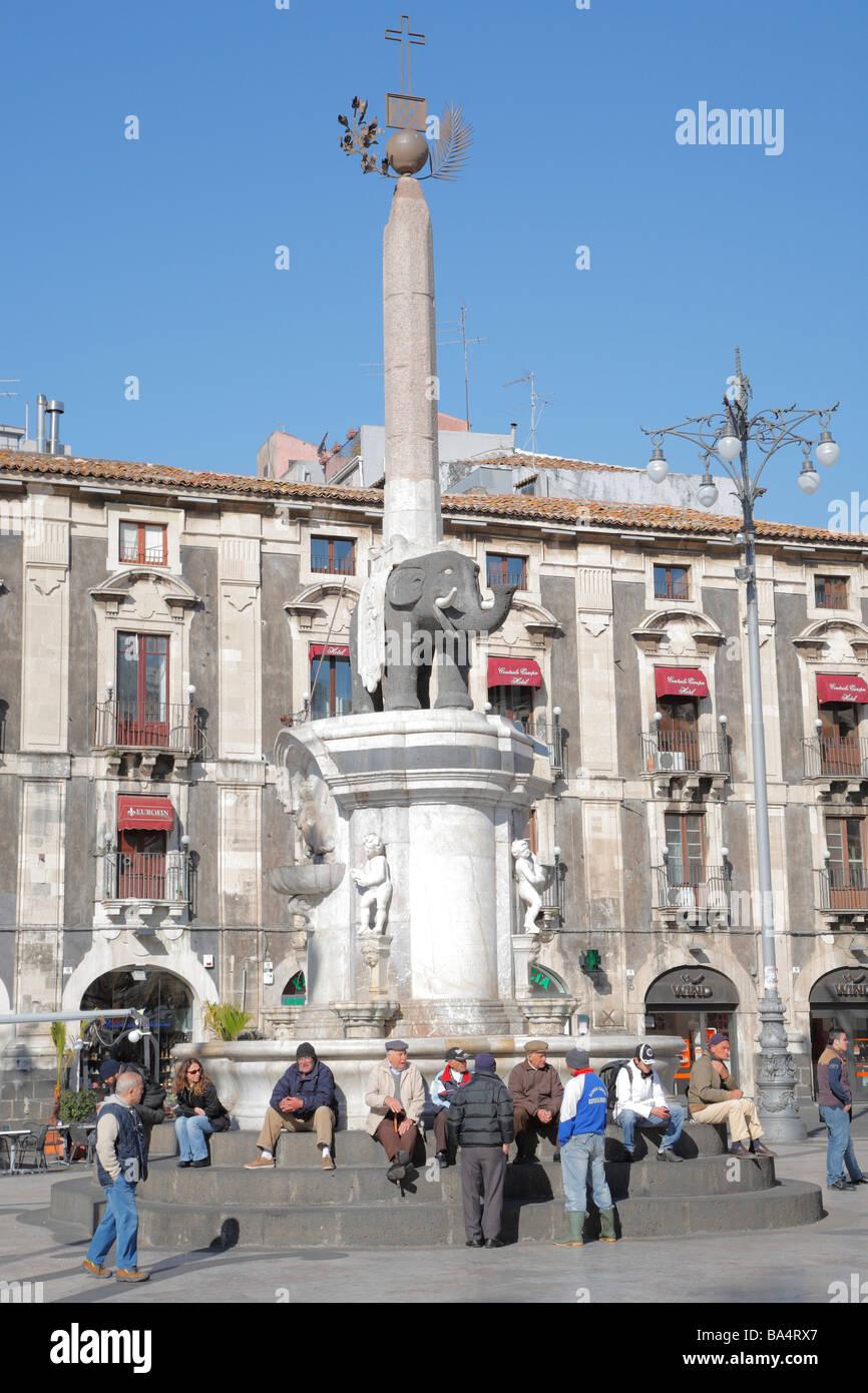 Fontana dell'Elefante, Piazza Duomo, Catania, Sizilien, Italien Stockfoto