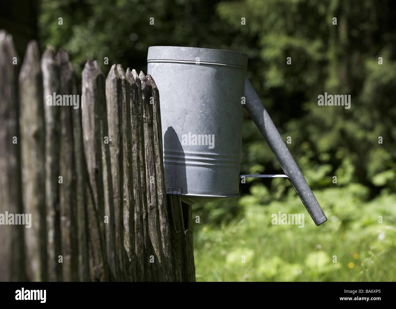 Waldrand Zaun Blech Bewasserung Kann Lamellen Zaun Holz Latten Holz