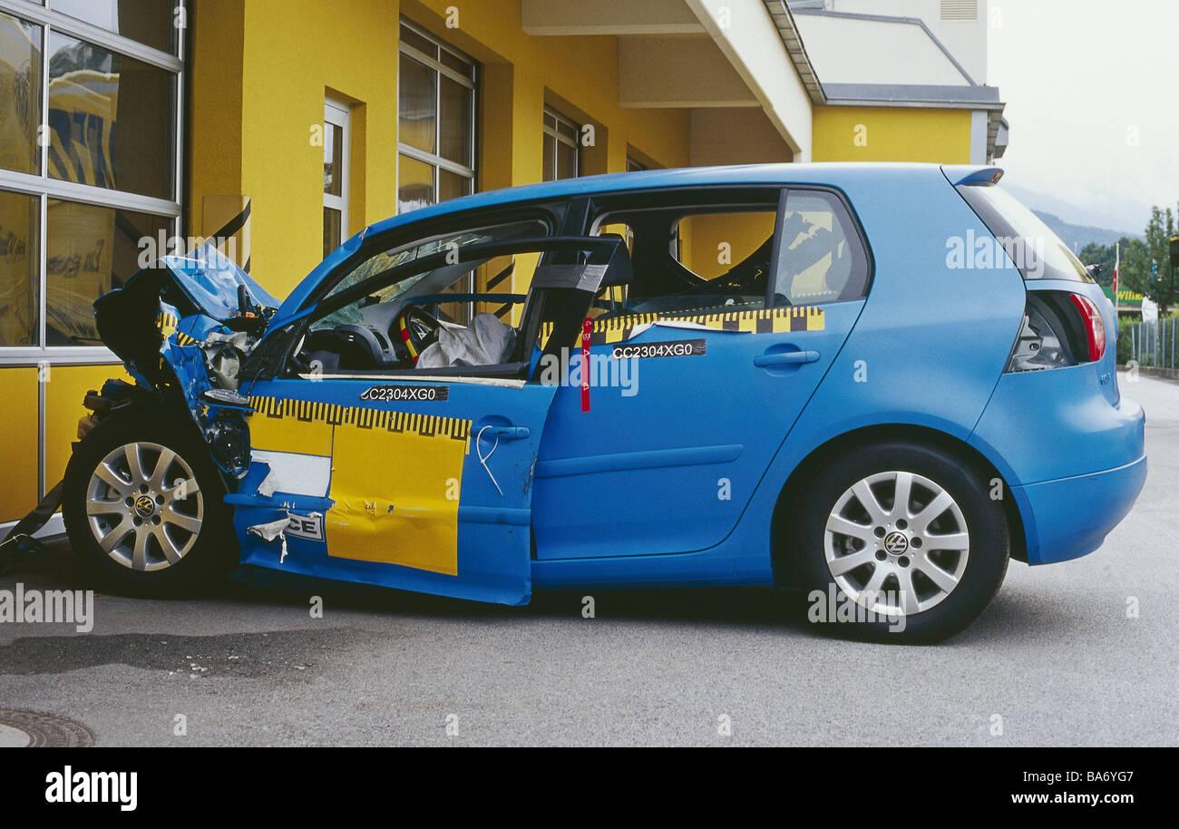 Crashtest-Testfahrzeug gebrochen Seite-Stellungnahme PKW Auto ...