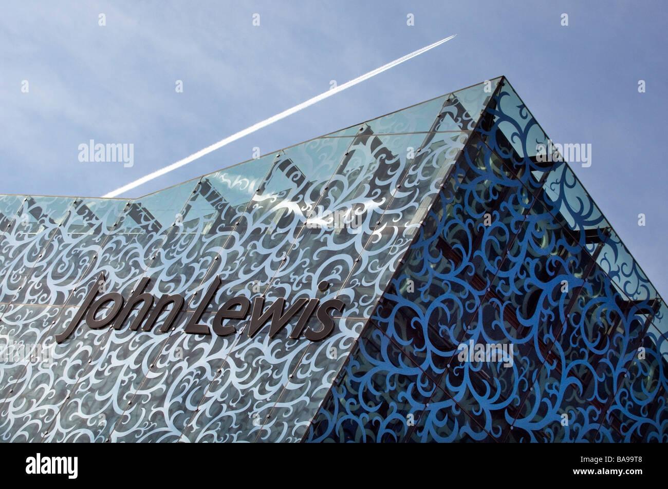 Die markante neue moderne Architektur des Glases Frontmann John Lewis-Store in Leicester Highcross Shopping Center. Stockbild