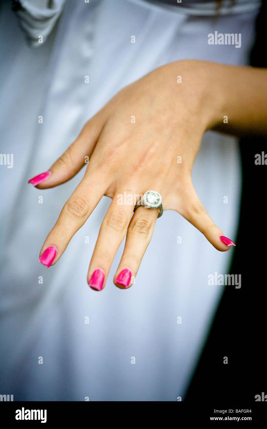 rosa Nägel, Hand, engagiert, Ring, Bling Bling, Rock, Diamant ...