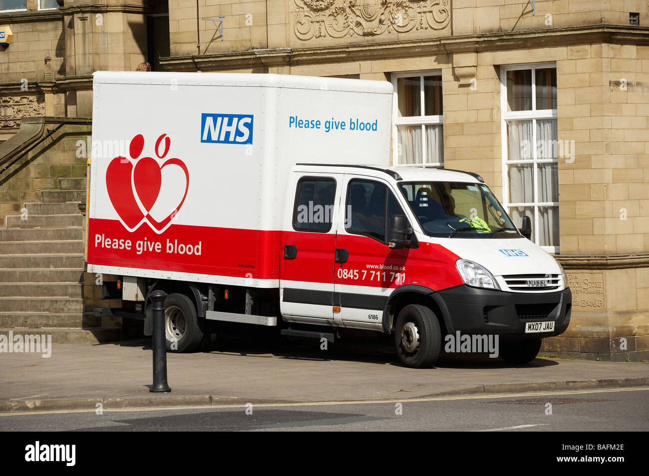 NATIONAL HEALTH SERVICE NHS BLOOD DONOR FAHRZEUG Stockbild