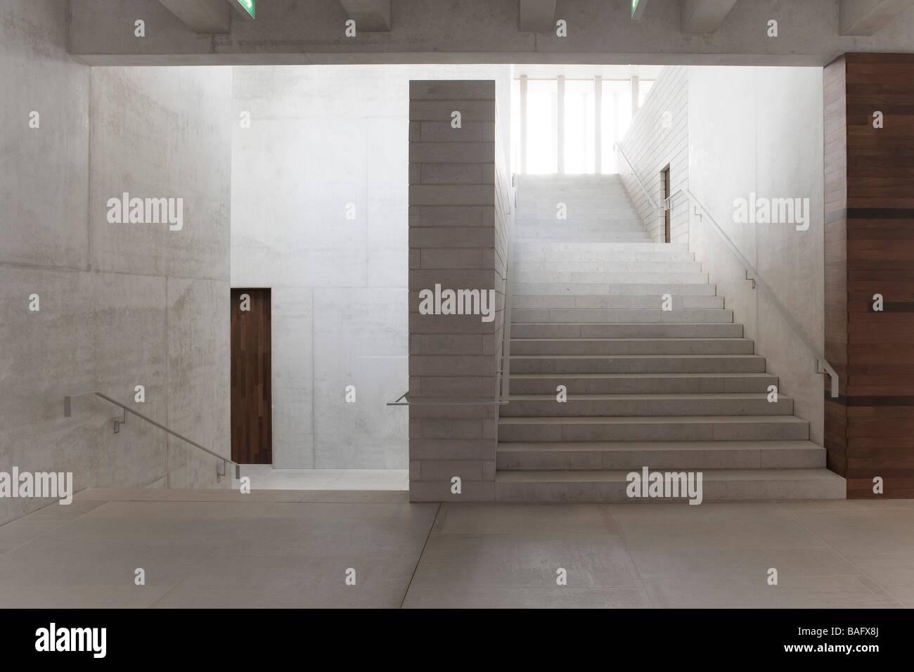 Künstlerisch Moderne Treppen Sammlung Von Literatur Museum De Moderne, Stuttgart, Deutschland, David