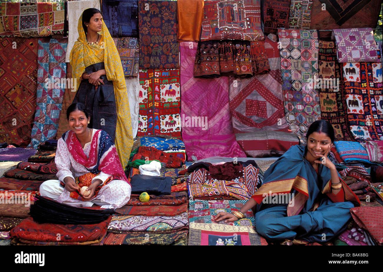 Frauen suchen männer in new delhi