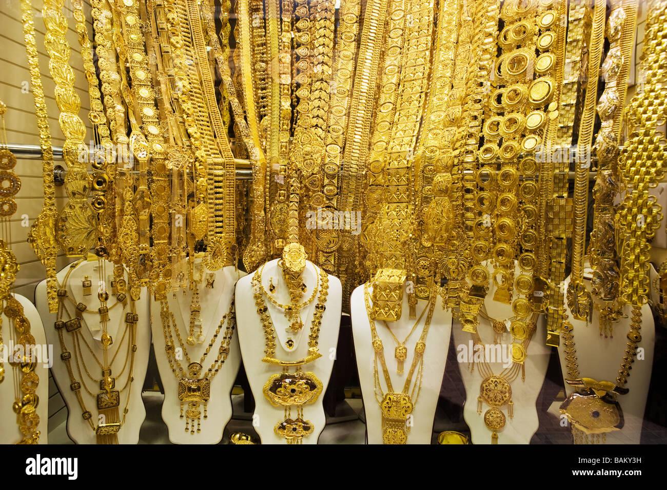 Schmuck in gold-souk Stockbild