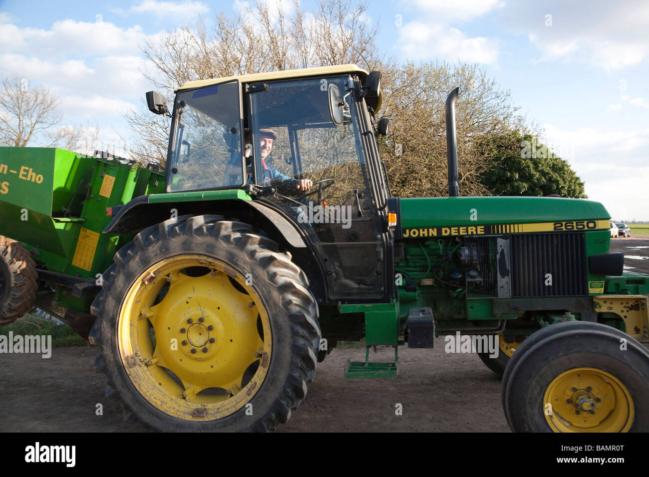 john deere 2650 traktor auf einem bauernhof stockfoto bild 23814024 alamy. Black Bedroom Furniture Sets. Home Design Ideas
