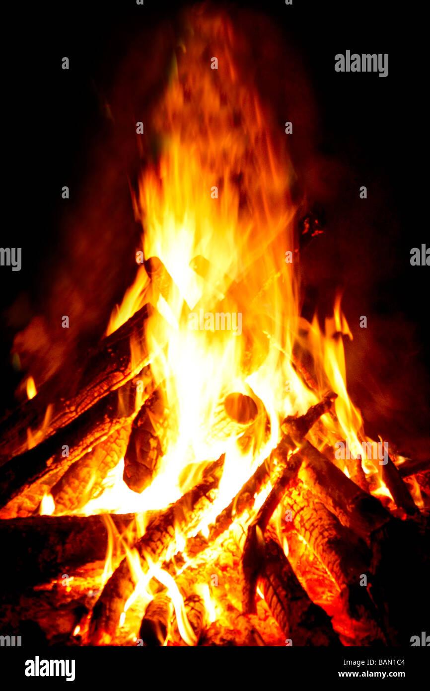 Lagerfeuer bereit Stockbild