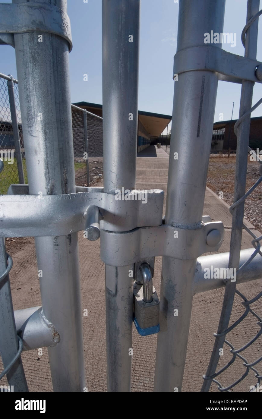 1.400 Schüler öffentliche High School in San Jose, Kalifornien, wurde geschlossen, nachdem ein Student Stockbild